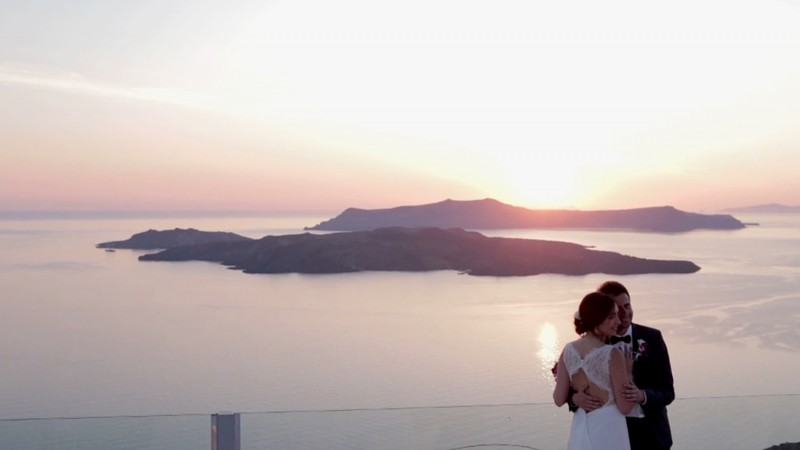 Wedding Photographer Santorini - Miltos Karaiskakis-WeddingvideographerSantorini
