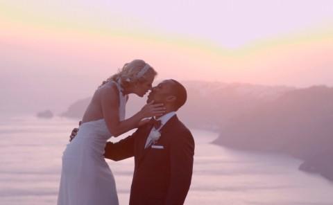 Wedding Photographer Santorini - Miltos Karaiskakis