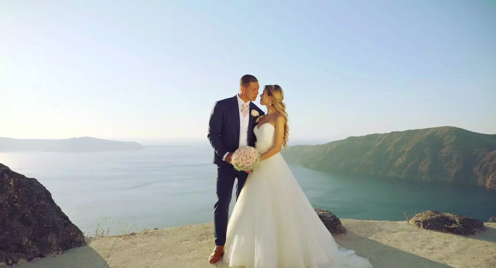 743698aa875 Destination Wedding in Santorini