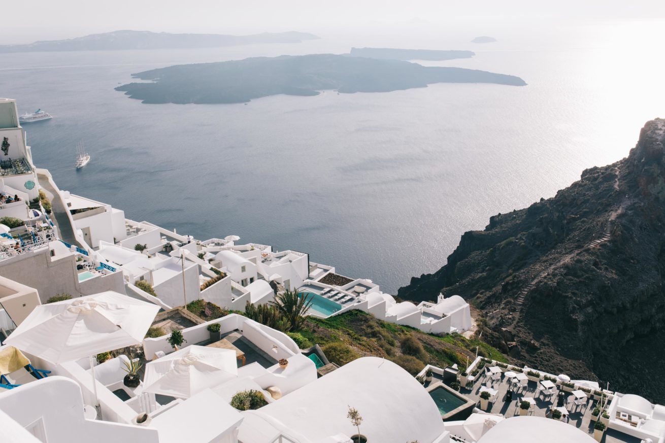 4-10-Wedding_in_VallaisVillas-Santorini-0