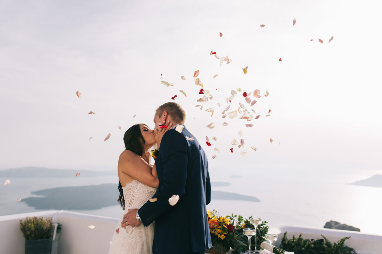 4-10-Wedding_in_VallaisVillas-Santorini-105