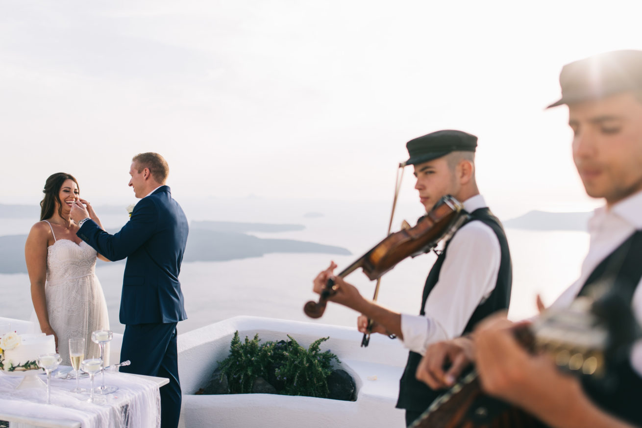4-10-Wedding_in_VallaisVillas-Santorini-133