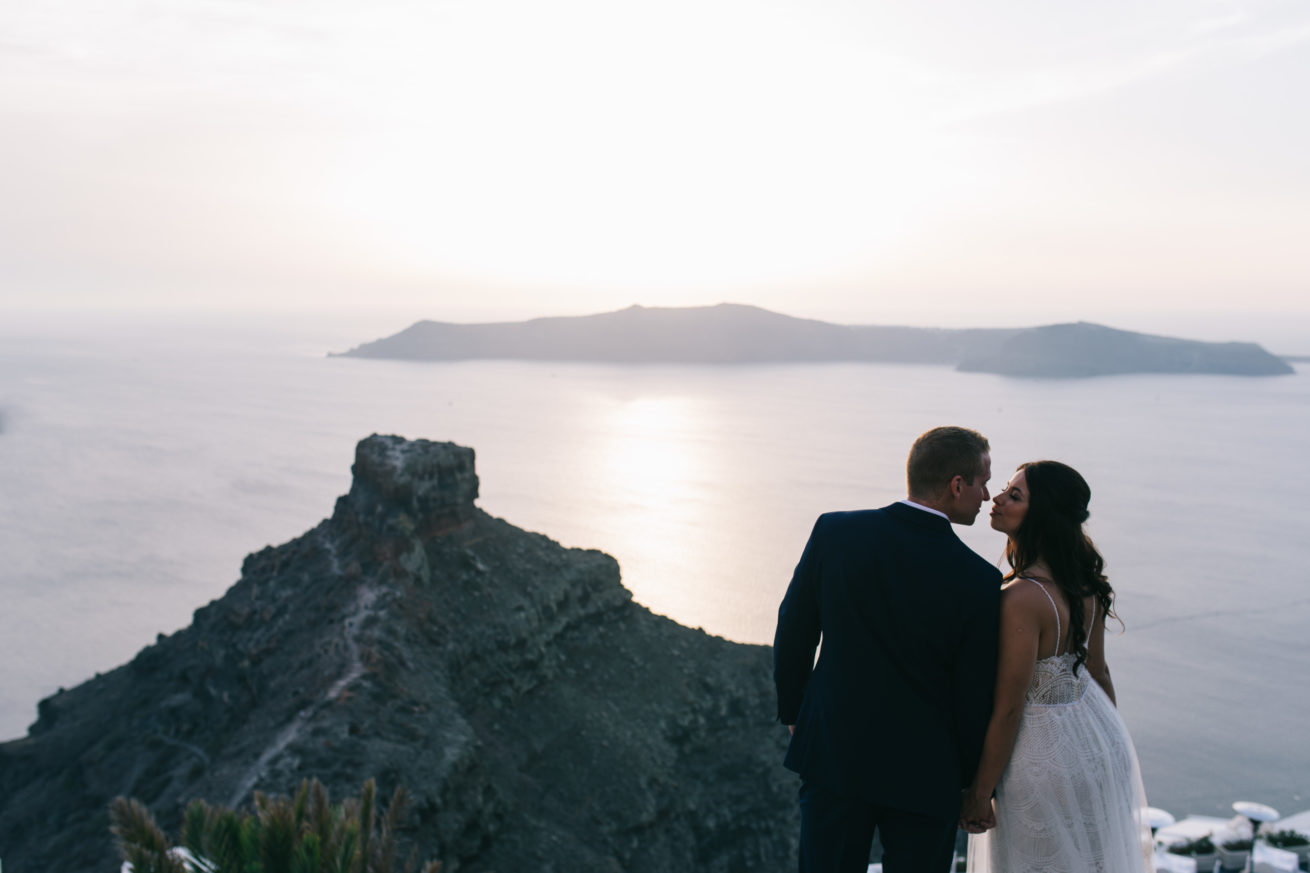 4-10-Wedding_in_VallaisVillas-Santorini-162