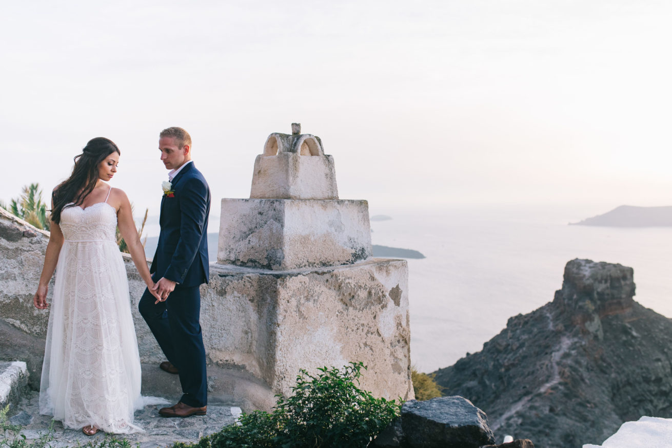 4-10-Wedding_in_VallaisVillas-Santorini-165