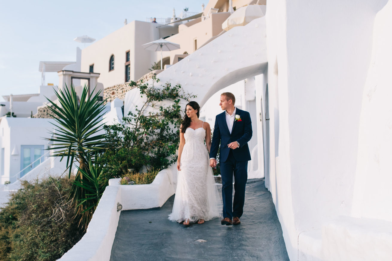 4-10-Wedding_in_VallaisVillas-Santorini-166