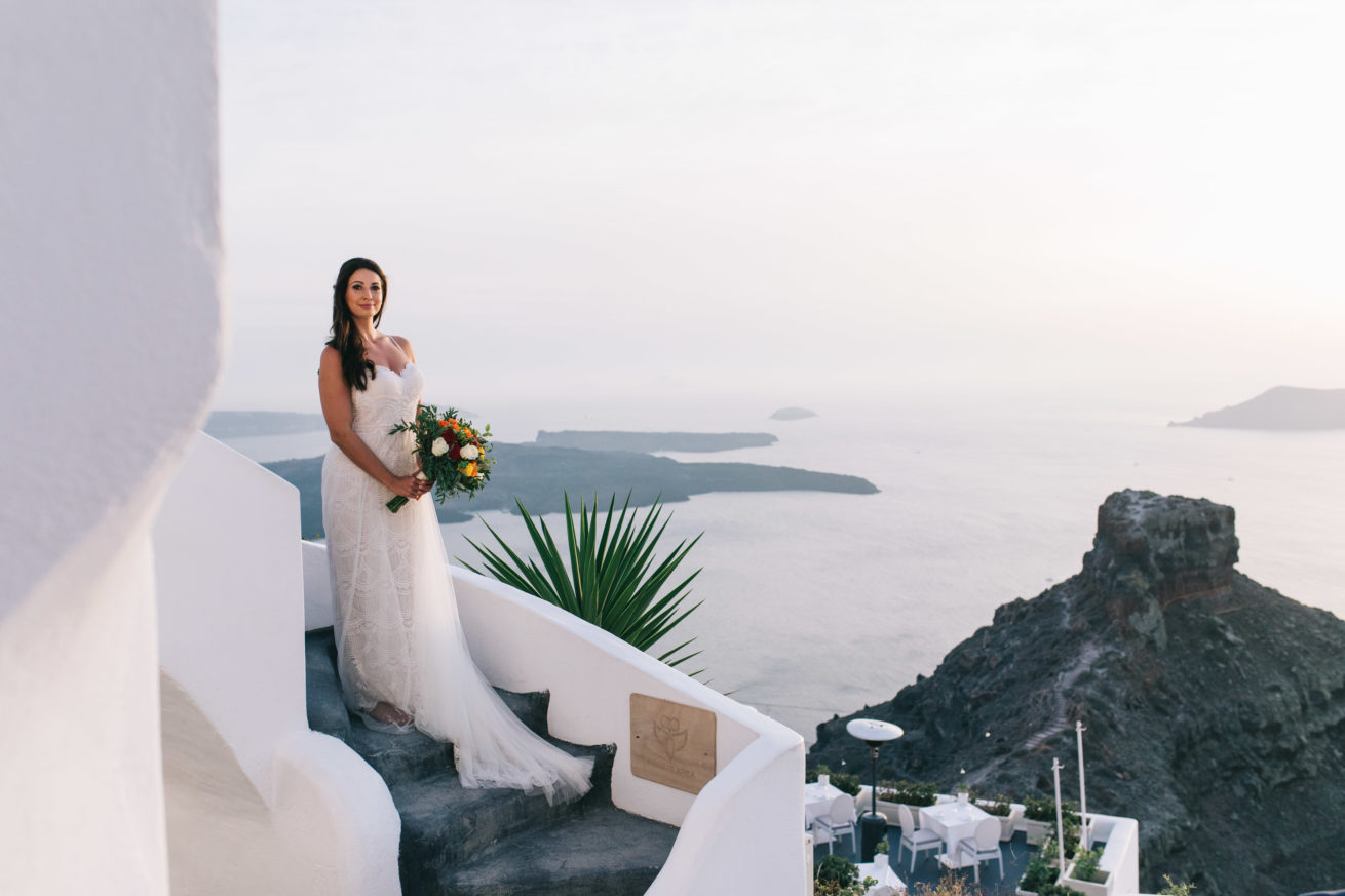 4-10-Wedding_in_VallaisVillas-Santorini-172