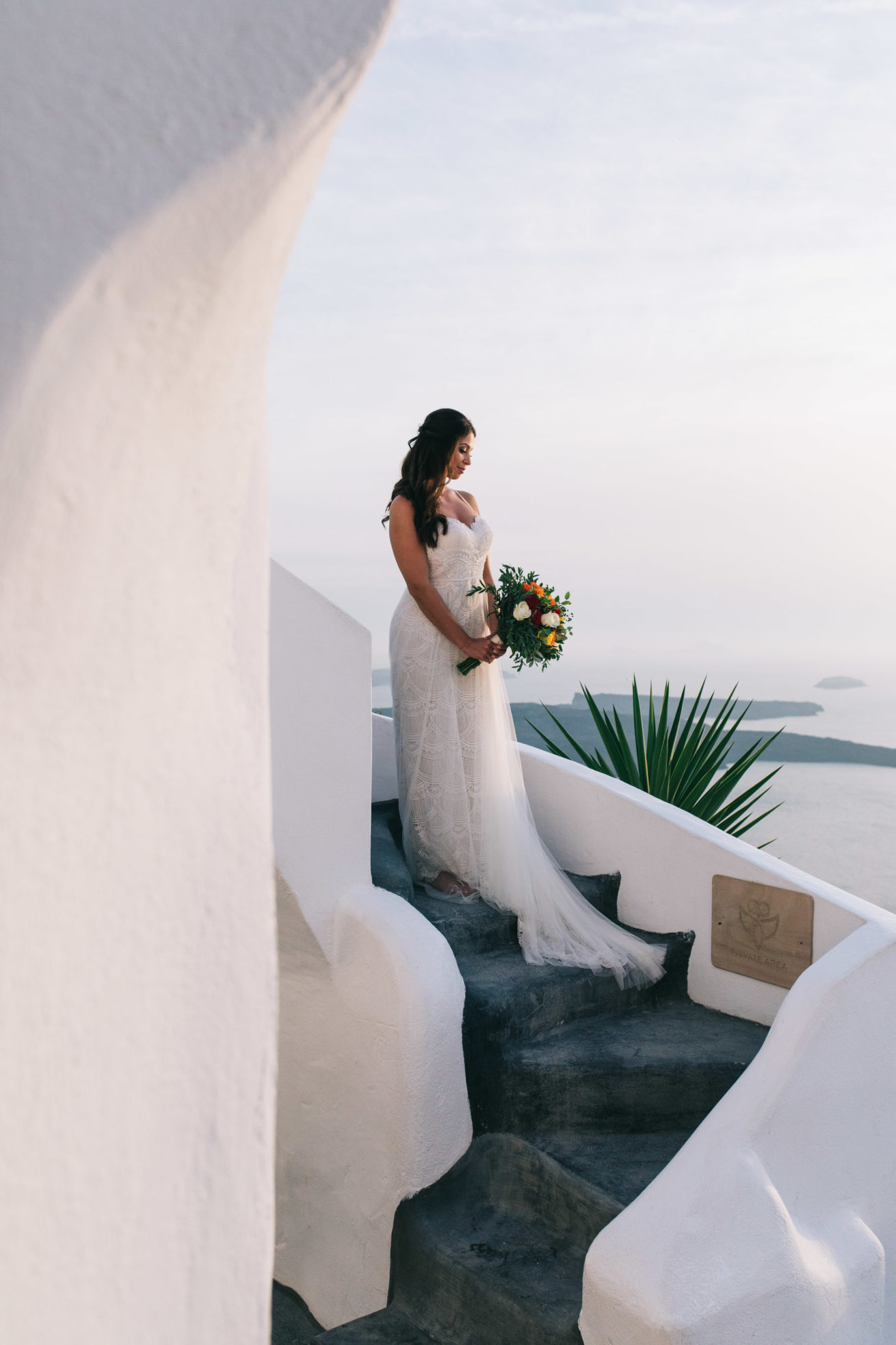 4-10-Wedding_in_VallaisVillas-Santorini-173