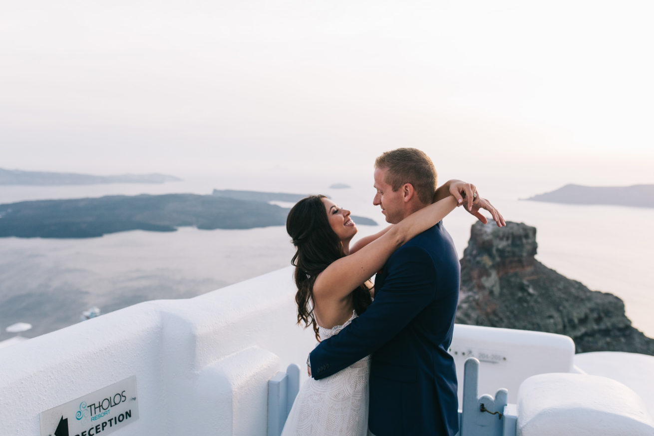 4-10-Wedding_in_VallaisVillas-Santorini-182