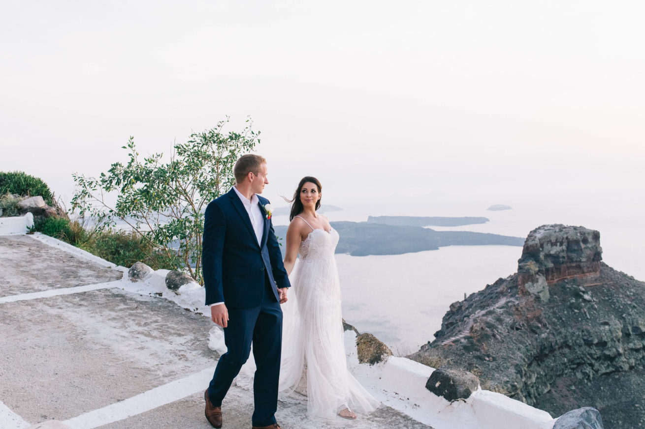 4-10-Wedding_in_VallaisVillas-Santorini-187