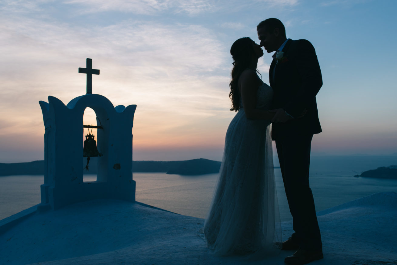 4-10-Wedding_in_VallaisVillas-Santorini-194