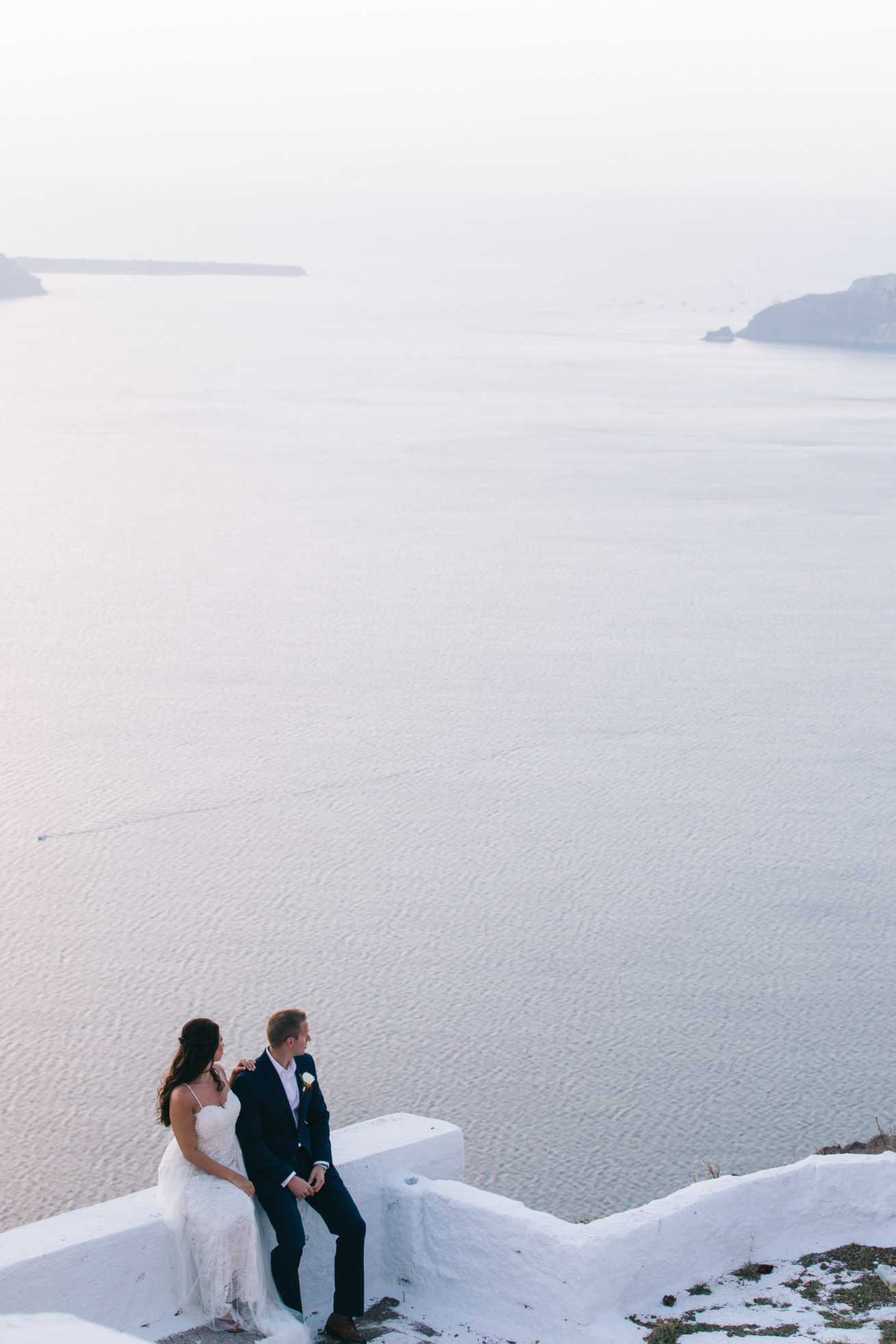 4-10-Wedding_in_VallaisVillas-Santorini-198