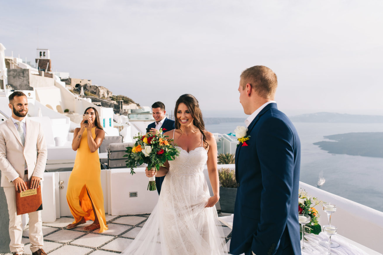 4-10-Wedding_in_VallaisVillas-Santorini-81