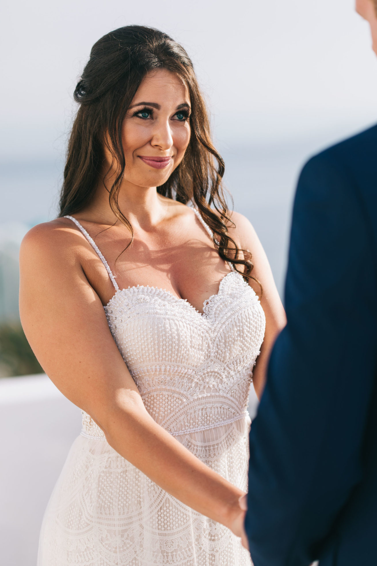 4-10-Wedding_in_VallaisVillas-Santorini-87