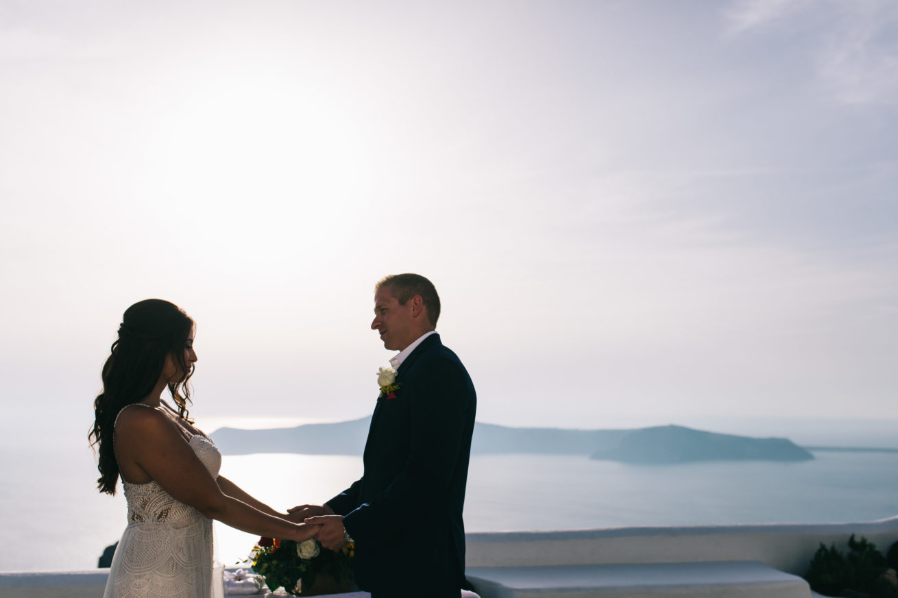 4-10-Wedding_in_VallaisVillas-Santorini-88