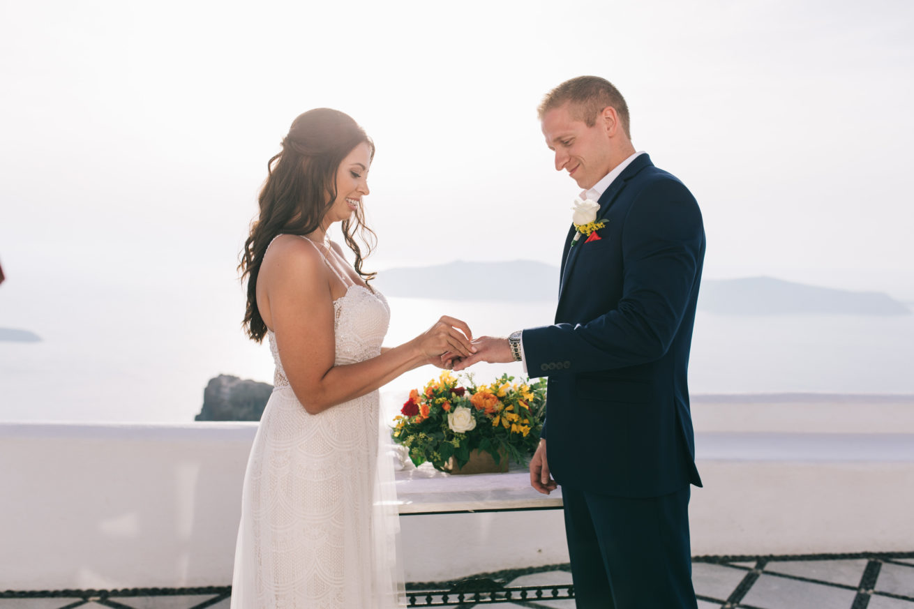 4-10-Wedding_in_VallaisVillas-Santorini-97